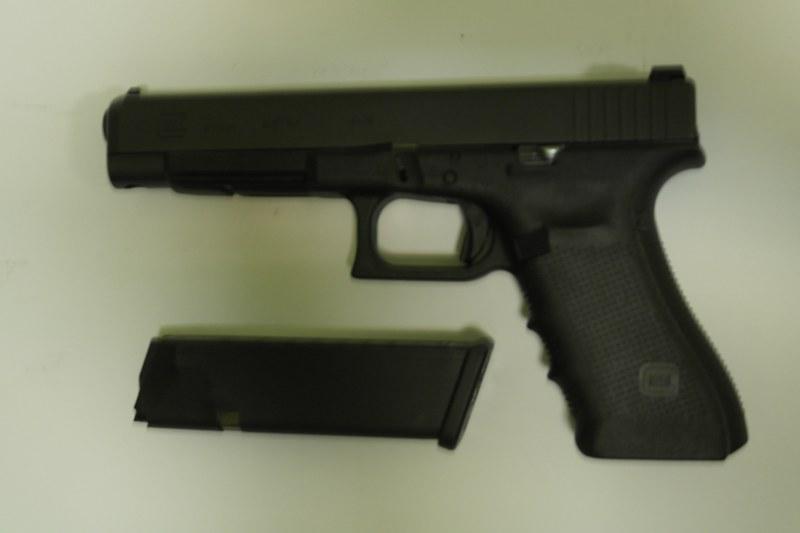 12 пистолет спортивный Glock-34